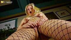 Hot blonde American Mom playing with herself