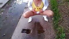 Babsi  Piss Outdoor,Pissing in public