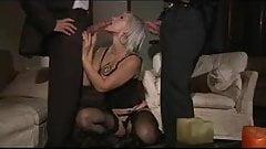 Asha Bliss sucks two huge cocks for facial