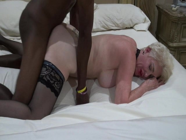 young-black-does-white-mature