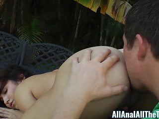 Hot Latina Stella May Gets Ass Eaten Outside For Allanal