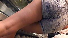 public candid upshort bare legs jeans short