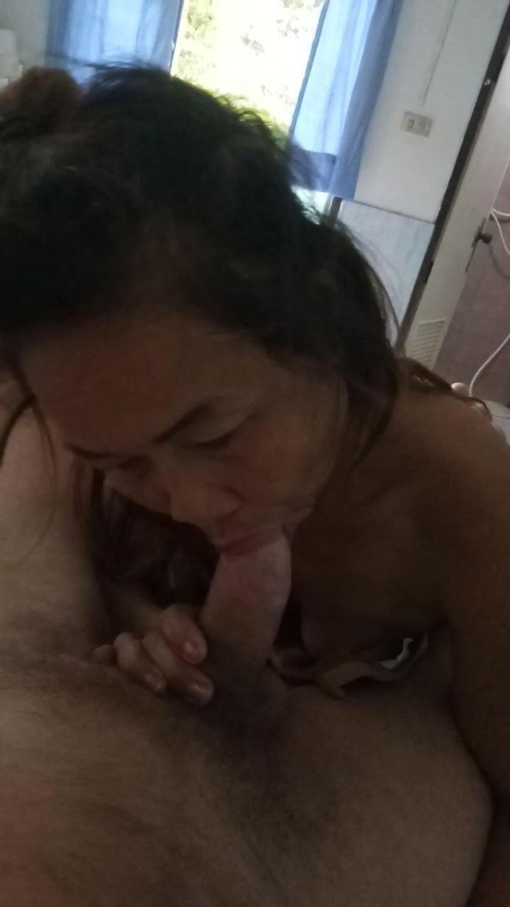 Thai mature bj