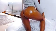 Sexy Black Latina With Oil On Her Ass