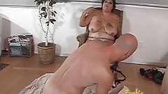 Tattooed brunette fatty likes nailing her hung mans gaping