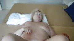 Granny pussy pump