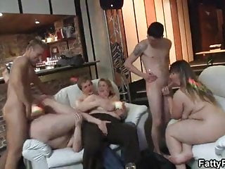 Great sex with plump chick