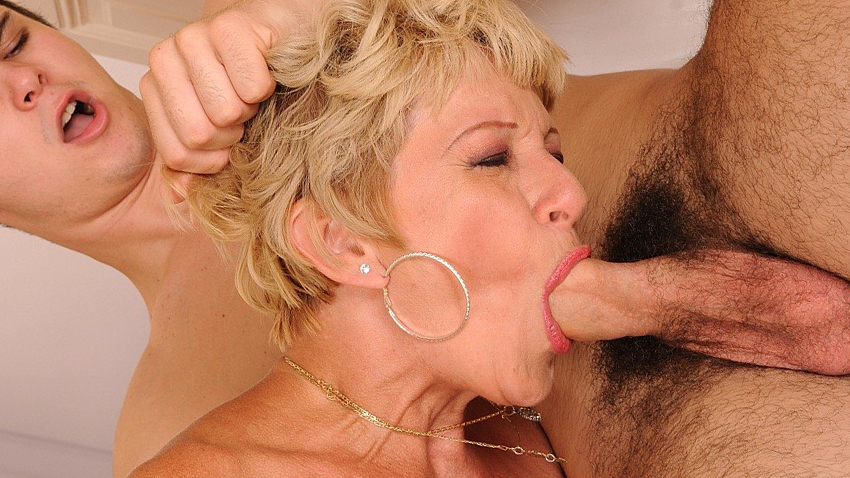Free download & watch shaved mom pussy fucked hard          porn movies