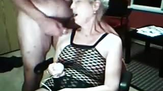 sue palmer showing her pussy again