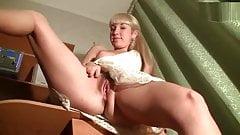 Hairy Pussy Upskirt