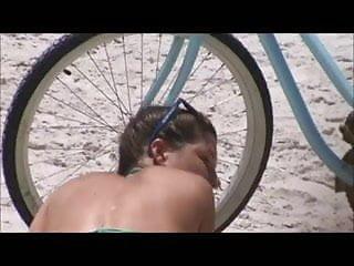 candid teen beach spy big booty 30 fat booty,