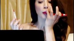 Busty Brunette Rubs Clit & Does Lips On Cam