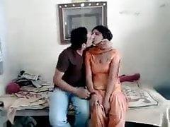 guy Ravi sucked neighvour girl rani full on hotcamgirls.in