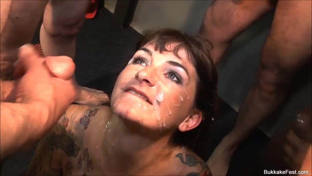 Free download & watch bukkake fest uk model adreena winters         porn movies