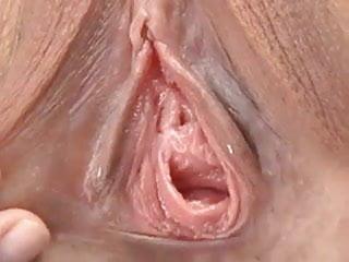 women gape pussies