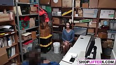 Lucky LP Officer Caught Two Shoplifters