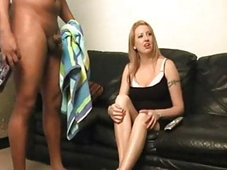 dick flash to horny woman