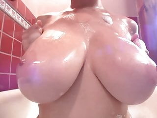 Tessa Fowler Bubble Fun