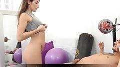 Pinkeln und Pissen beim Urinsex im Gym