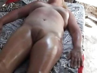 Amateur Massage Africa Puffy Pussy