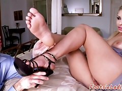 Solelicked glam babe loves doggystyle