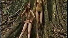 Naked hiking - 3 chicks