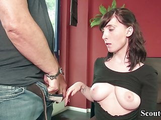 Download video bokep GERMAN SCOUT - TEEN LIA LOUISE 3SOME BY OLD AND YOUNG MAN Mp4 terbaru