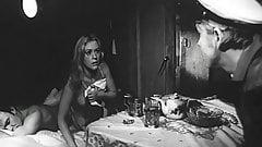 Valentina Talyzina in Ivanov kater (1972)