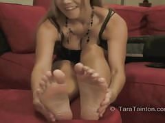Follow My Instruction and Come on My Sexy Feet -Tara Tainton