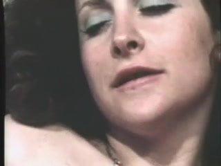 Aged slut sucks and gets banged 96%