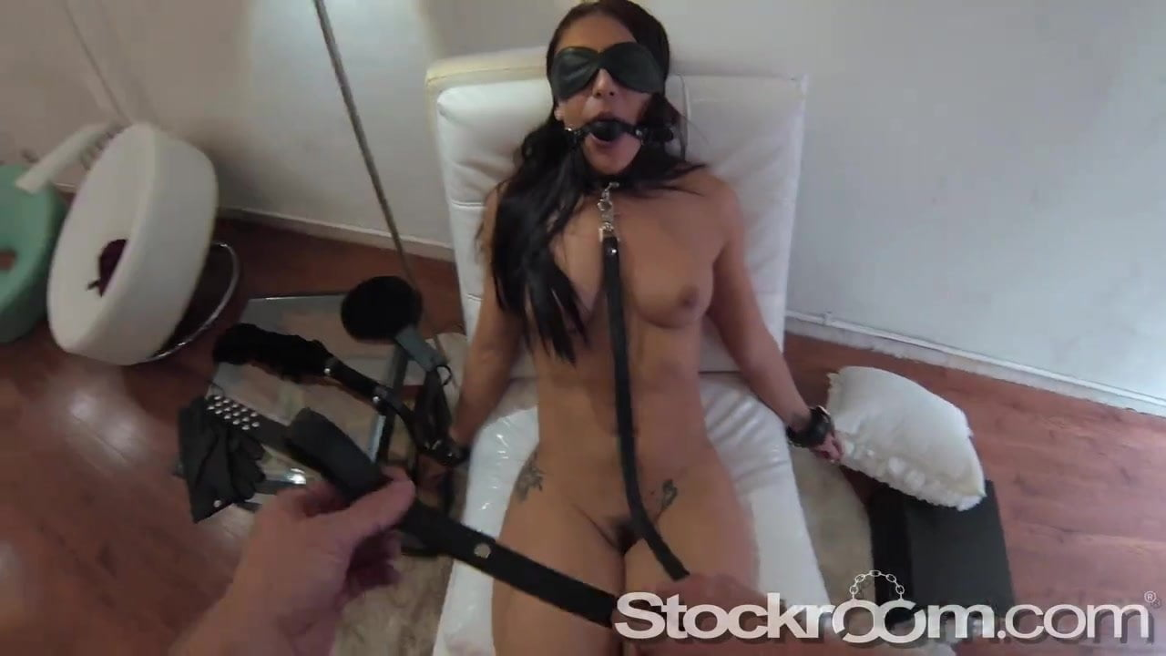 apologise, but, opinion, kinsley karter vibrates her clit to climax for you are not