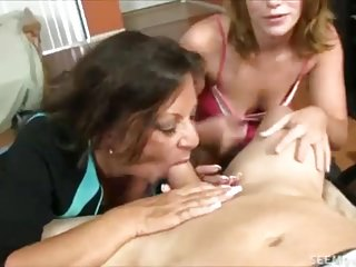Milf N Teen Offers Their Best Blowjob For Lucky Guy