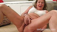 Alte Oma fickt ihren  Neffen