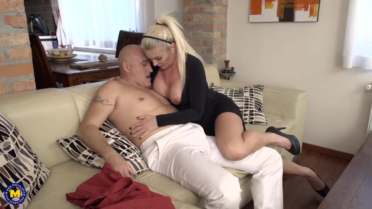 Carla Matures Porn beautiful mature mom licked and fuckeddaddy