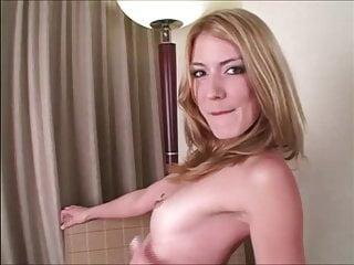 Jerk off on her ass encouragement