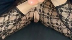 Make me cum with your pretty sexy feet