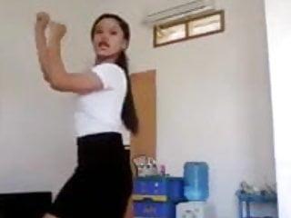 Download video bokep ayuvanda bispak bergoyang 3 Mp4 terbaru