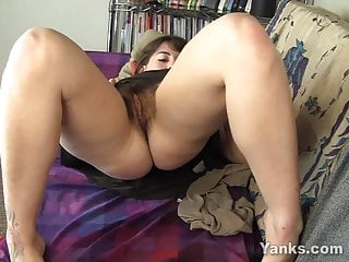 Sexy Amber Toying Her Hairy Twat