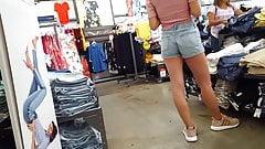 Candid voyeur latina teen short shorts pink shirt shopping
