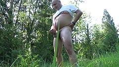 Ein Spaziergang im Wald mit Kollege
