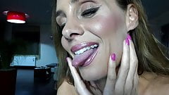 webcamgirl 107