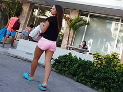 Candid voyeur hot thick teen ass in pink with mom