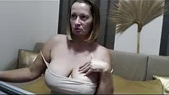 Preview Badmum Erica big tits