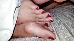 red polish toes cum