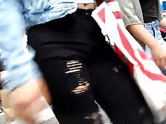 BootyCruise: Belly Button Cam 6
