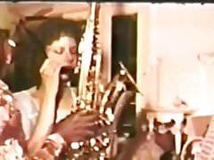 Tootsy Rolls No.18 - Horn Blower.avi