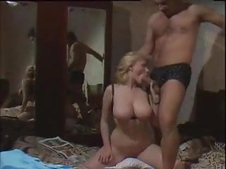 Busty blond and mafioso play in bed