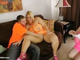 Tony bravo porn - Samatha 38g and sapphitre 38l fuck porn stud tony rubino