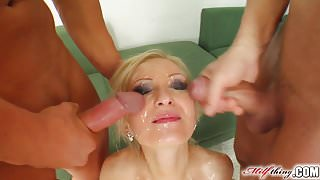 Milf Thing MILF Angelina has a new beauty routine with cum