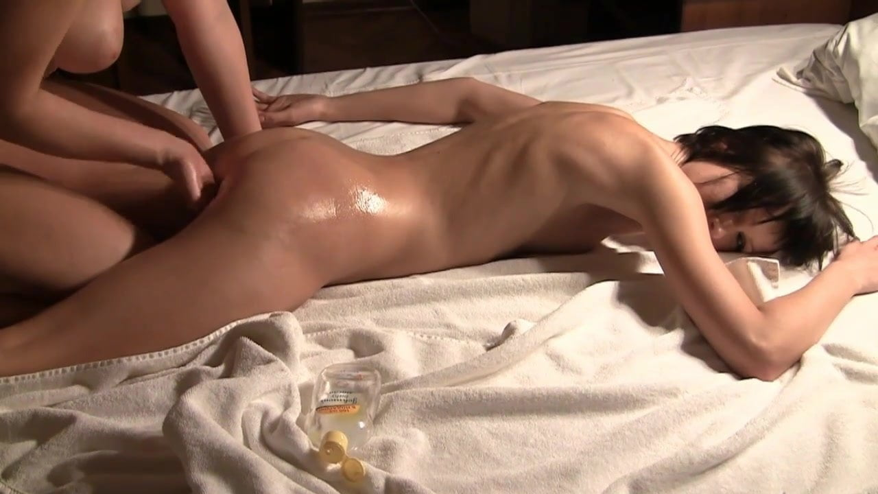 Retro free massage videos, deep penetration with a large penis